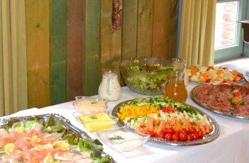 Landfleischerei Hinterding in Krefeld am Niederrhein - Buffet mit kalten und warmen Speisen für Parties und Empfänge und vieles mehr